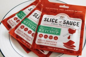 ketchup-slices-portable-condiment-01-960x640-500x333